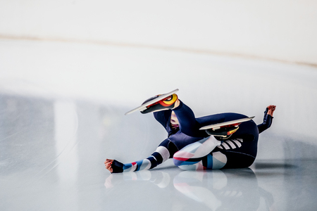 skaters: fall women skaters to compete in speed skating