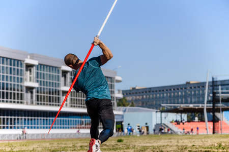 javelin throwing male athlete disabled without hand