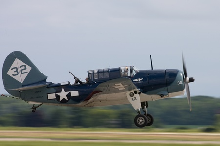 St. Thomas, Canada - June 25, 2011: A Curtis SB2C Helldiver, World War II dive bomber lands at the Great Lakes International Air Show. Stock Photo - 10052308