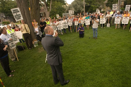librarians: London, Canada - September 14, 2011: Sid Ryan, President of the Ontario Federation of Labour addresses member of the University of Western Ontario Faculty Association - Librarians and Archivists who are on strike. One of the main issues in the strike is t