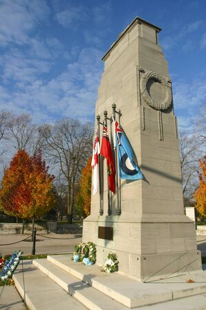 victoria park: London Ontario - Canada. November 6, 2006. The Cenotaph in Victoria Park in London Ontario, Canada.