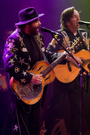 fearing: Hamilton Ontario, Canada - November 19, 2011. Colin Linden, left and Stephen Fearing of Blackie and the Rodeo Kings performs at the 2011 Hamilton Music Awards Gala held at Mohawk College.  Editorial