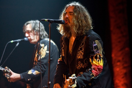 fearing: Hamilton Ontario, Canada - November 19, 2011. Tom Wilson, right and Stephen Fearing of Blackie and the Rodeo Kings performs at the 2011 Hamilton Music Awards Gala held at Mohawk College.