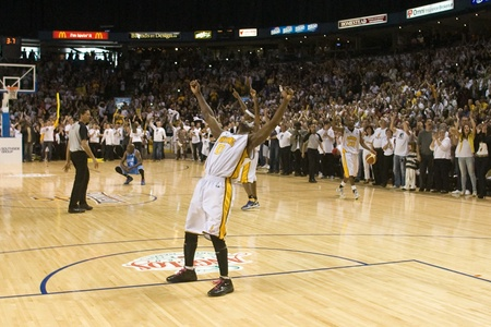 halifax rainmen: London Ontario, Canada - March 25, 2012. DeAnthony Bowden celebrates as the clock runs out. The London Lightning defeated the Halifax Rainmen 116-92 in the fifth and deciding game to win the National Basketball League of Canadas championship. London play