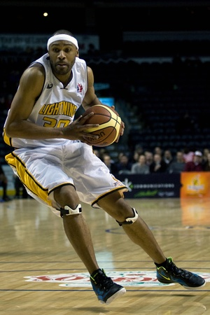john labatt centre: London Ontario, Canada - January 19, 2012. Rodney Buford of the London Lightning in a regular season National Basketball League of Canada game between the first place London Lightning and second place Halifax Rainmen.  The Lightning defeated the Rainmen b