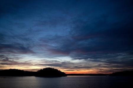 muskoka: Muskoka Ontario, Canada -   Sunset on Lake Rosseau in the Muskoka region of Ontario Canada.