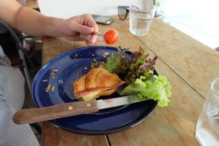 jamon y queso: croissant de jam�n queso