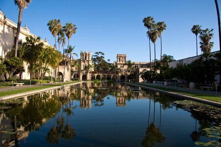 Odblaskowy basen w Balboa Park w San Diego. Zdjęcie Seryjne