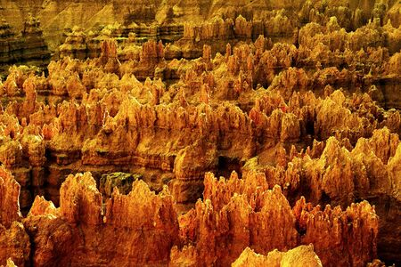 vistas: Sunset Point offers vistas of some of the most famous and breathtaking of Bryce Canyons hoodoos.