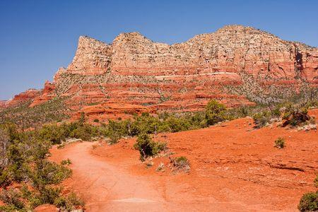 Beautiful red mountains in Arizona's Sedona Valley. Stock Photo - 7035921