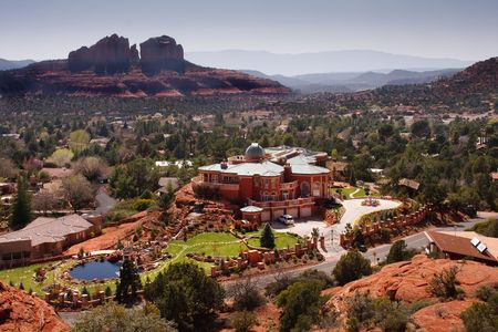 Large mansion in the city of Sedona, Arizona photo