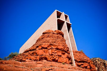 catholic chapel: The Chapel of the Holy Cross is an iconic Catholic chapel built into the mesas of Sedona, Arizona.  It is built directly into a butte and offers a spectacular view of the valley below. Stock Photo