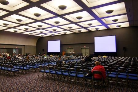 SAN DIEGO - 13 lipca: ESRI (środowiskowych systemów Research Institute) użytkownika konferencja oferuje wiele prezentacji GIS oprogramowania. 13 Lipca 2010 roku w San Diego w Kalifornii