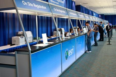 SAN DIEGO - 12 lipca: ESRI (środowiskowych systemów Research Institute) użytkownika konferencji jest największy na świecie konferencji GIS (Geographic Information Systems). 12 Lipca 2010 roku w San Diego w Kalifornii Publikacyjne