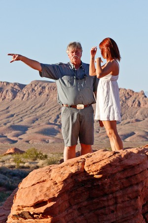photoshop: LAS VEGAS - AUG 31: NAPP (National Association of Photoshop Professionals) photo safari with Moose Peterson and a model. Aug 31, 2010 Valley of Fire, Nevada. Editorial