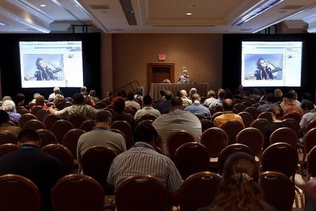 LAS VEGAS - SEPT 1: Photoshop Åšwiata 2010 konferencji klasie. 1 WrzeÅ›nia 2010 w Las Vegas w stanie Nevada. Publikacyjne