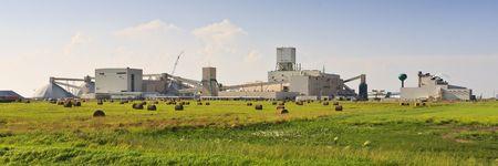 Canadian potash mine on the prairies of Canada near Saskatoon, Saskatchewan. Stock Photo - 7904796
