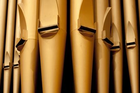 organos: Tubos de �rgano en la Iglesia de Unidos Tercera Avenida en la ciudad de Saskatoon, Canad� Foto de archivo