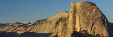 Glacier Point is the best view of Half Dome at Yosemite National Park Stock Photo - 15010561