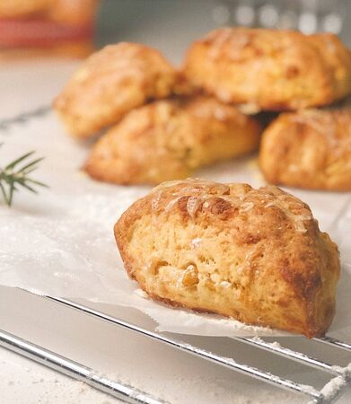Cheese Scones On A Cooling Rack Stok Fotoğraf