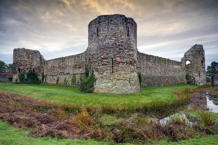 sussex: Pevensey Castle, Sussex