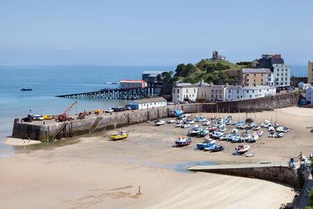 tenby wales: Tenby harbour