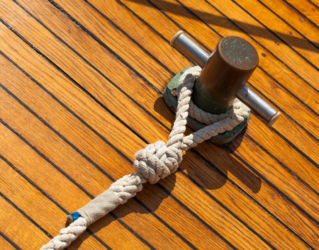 liaison: Yachting hitch