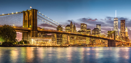 Brooklyn Bridge with sunset from Brooklyn Bridge park