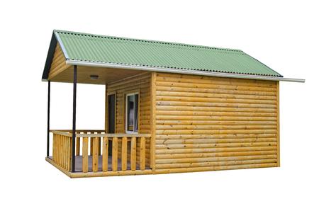 Holzhaus lokalisiert auf weißem Hintergrund. Bau eines neuen Holzbades in einem Sommerhaus Standard-Bild