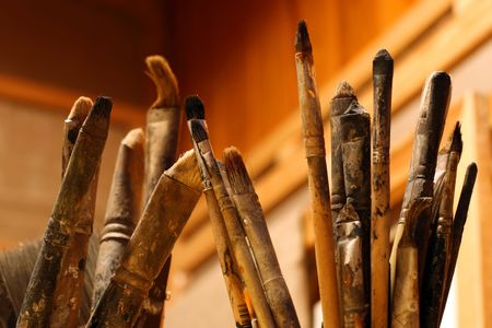 atelier: A lot of paint brushes from an artists atelier