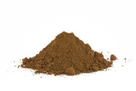 soil: Mucchio di suolo isolato on white