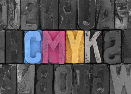 imprenta: Cmyk hecha de bloques de tipograf�a antiguas Foto de archivo