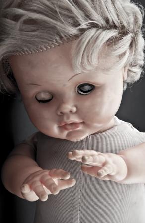 juguetes antiguos: Cara de muñeca espeluznante