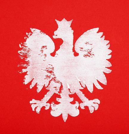 赤の背景にポーランドの紋章を描いた