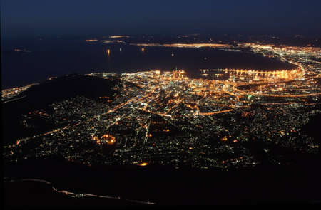 sprawl: The City of Cape Town in South Africe at night as seen from Tablemountain.
