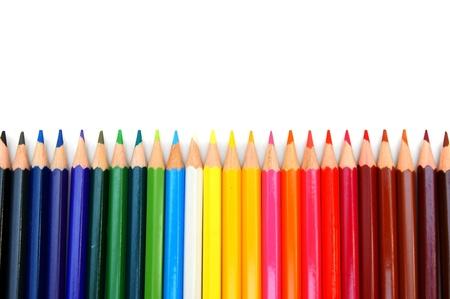 Farbstifte auf weißem Hintergrund Standard-Bild - 12651868