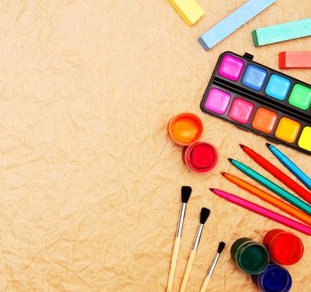 estuche: Volver a la Escuela herramientas escolares Foto de archivo
