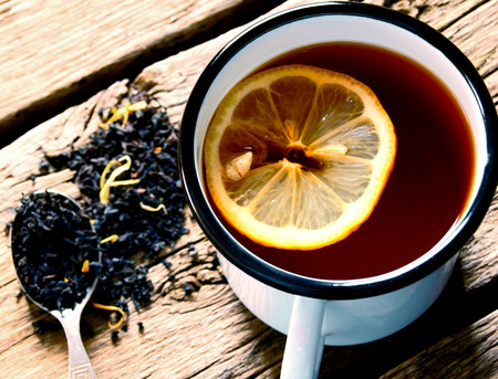 sparce: Black tea with a lemon.