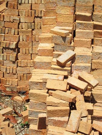 materiales de construccion: Grupo de materiales de construcci�n de cuadrados de ladrillos