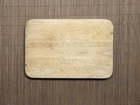 まな板が編まれた木、竹細工から作られています 写真素材