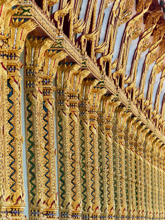 wall stripes thai style