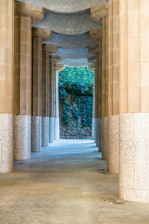 Pathway through columns