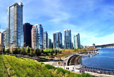Coal Harbour waterfront in downtown Vancouver, bc 版權商用圖片