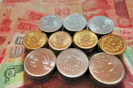 indian currency: Moneda indio en billetes y monedas de denominaci�n Rs20, Rs.10, Rs.5, Rs.2 y Re.1