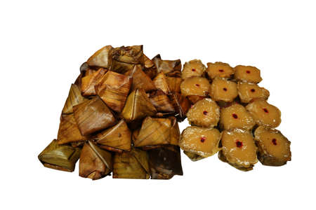 pay respect to god Ancestors of the Chinese New Year Sweet taste made from flour and coconut sugar drops into banana leaves made into cups,  KANOM Tian filling salty.