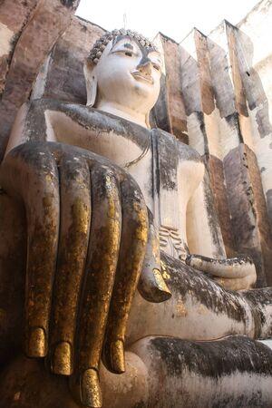 buddha image: Buddha imagen en Sukhothai Foto de archivo