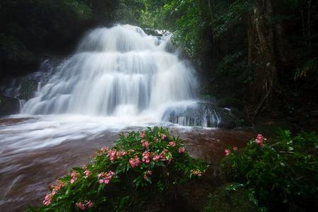 Mhundaeng waterfall Phu Hin Rong Kla; National Park at Phitsanulok, Thailand Stock Photo