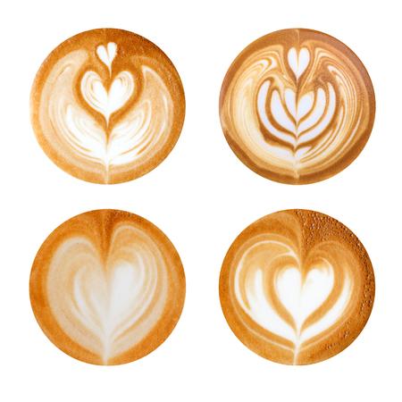 Forme di cuore del latte art su sfondo bianco Archivio Fotografico - 81357012