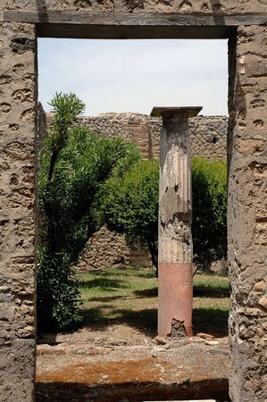 Garten Tor in Pompeji, Italien  Standard-Bild - 722927