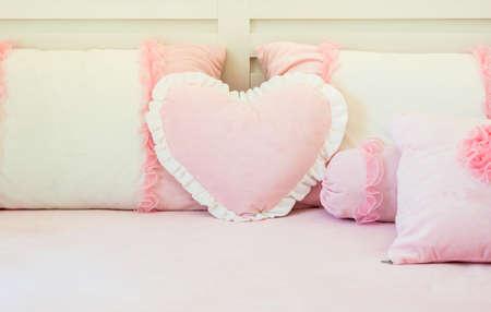 Thai Bed pink wedding